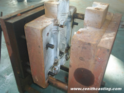 gravity casting mold matching with gravity casting machine